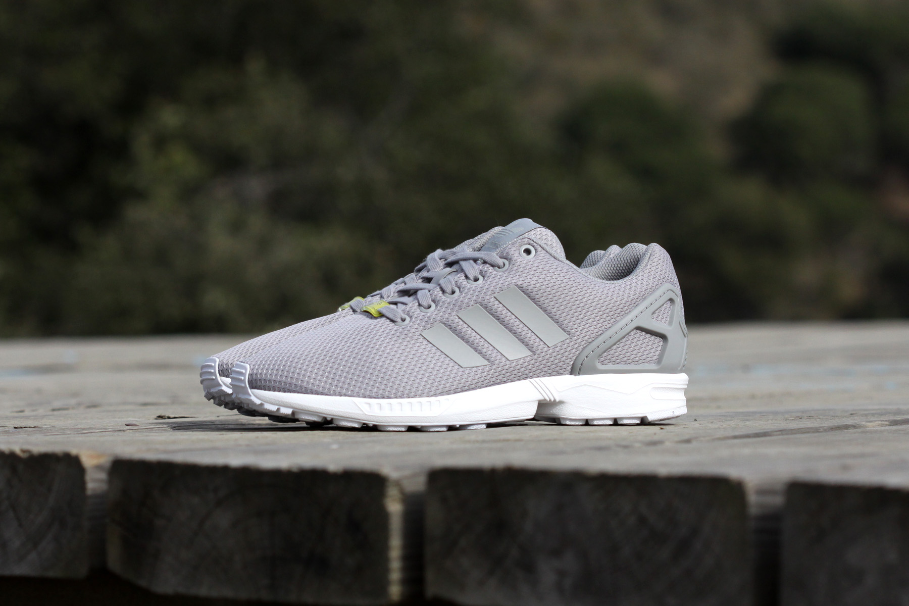 the best attitude 08a6b ac44f ZX Flux gris de Adidas Originals en Sneakers Barcelona