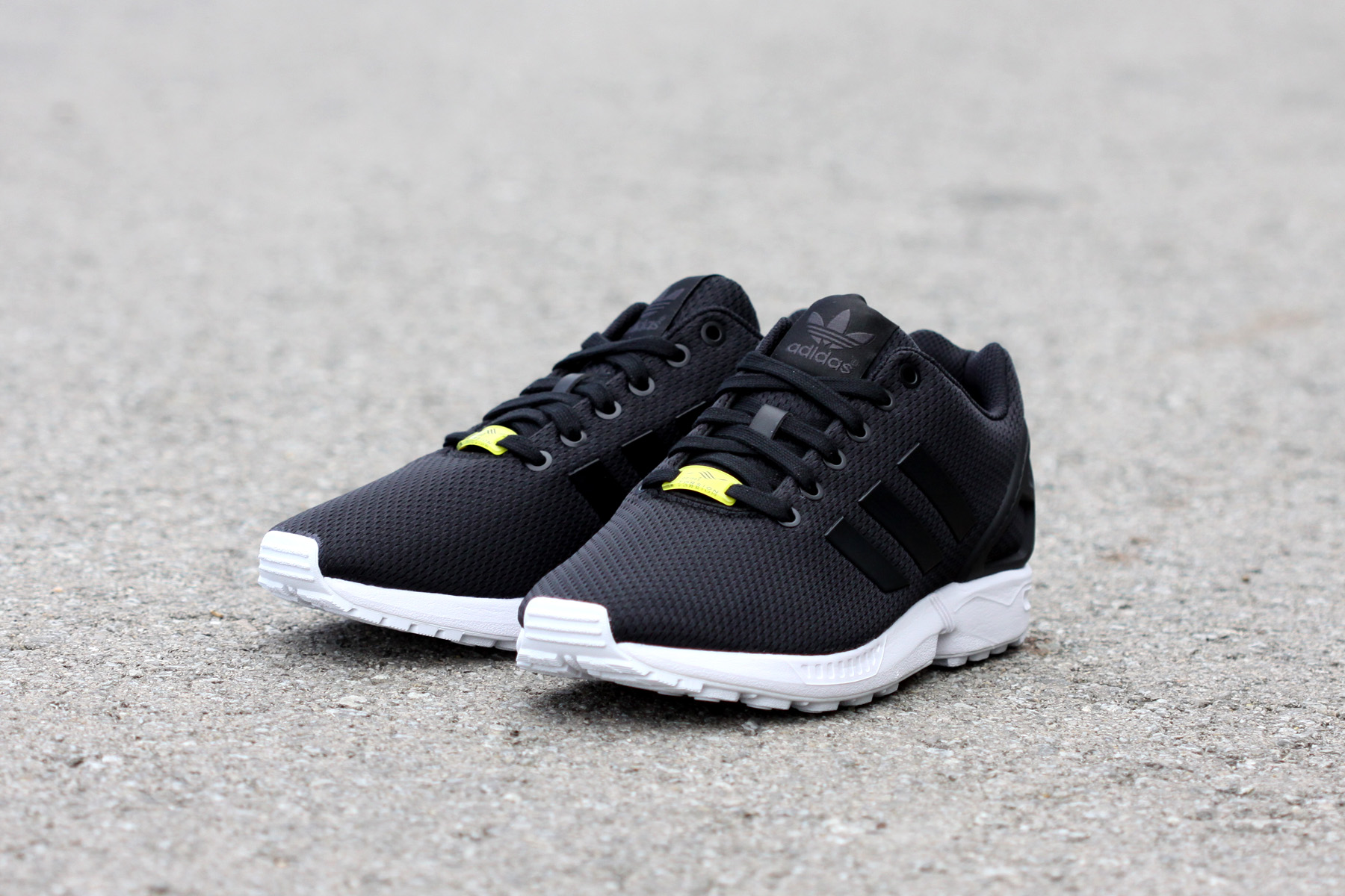 adidas originals zx flux negras